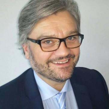 Richard Hogg, Professor of Photonics at the University of Glasgow, heads up MOCVD partnership.