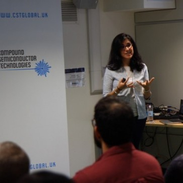 Dr Laura Meriggi, of CST Global, presents to Centre for Doctoral Training (CDT) students at the UoG.